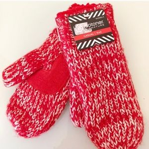 Isotoner Red Lauren Sherpa Lined Mitten Gloves